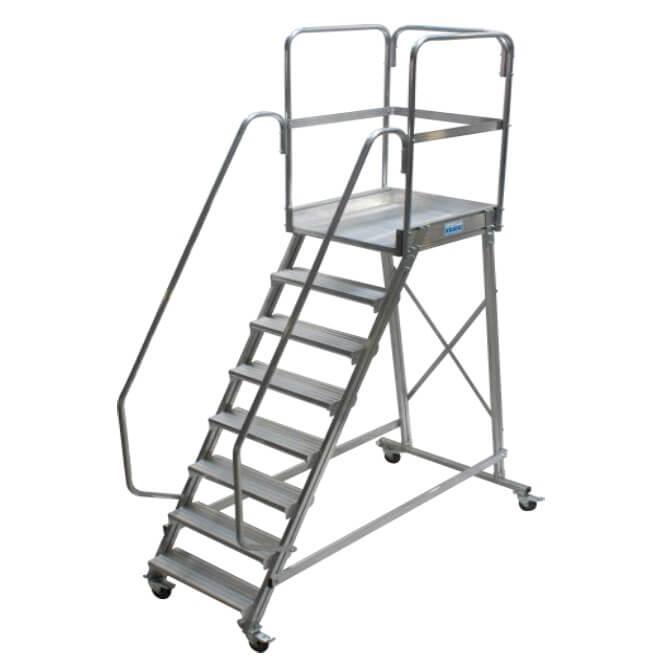 Односторонняя лестница с площадкой (CORDA)